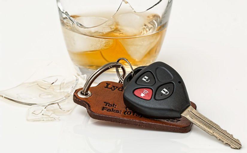 Alkohol za volant prostě nepatří. Zvlášť když nechcete platit miliony ze svého