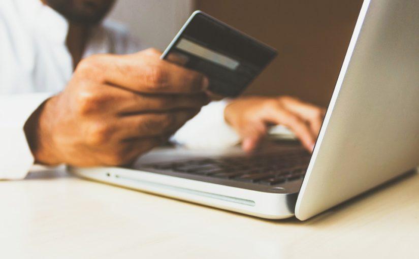 Platební karty a nová pravidla: Bude placení bezpečnější nebo jen komplikovanější?